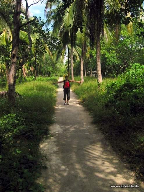 Haupstraße von Ko Phayam