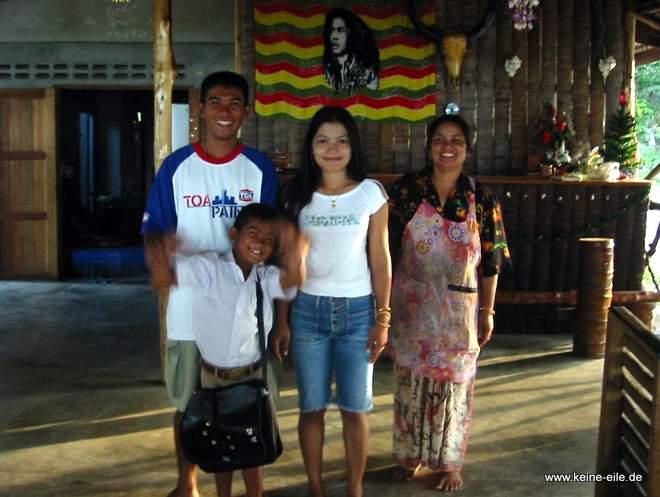 unsere Familie auf Ko Phayam