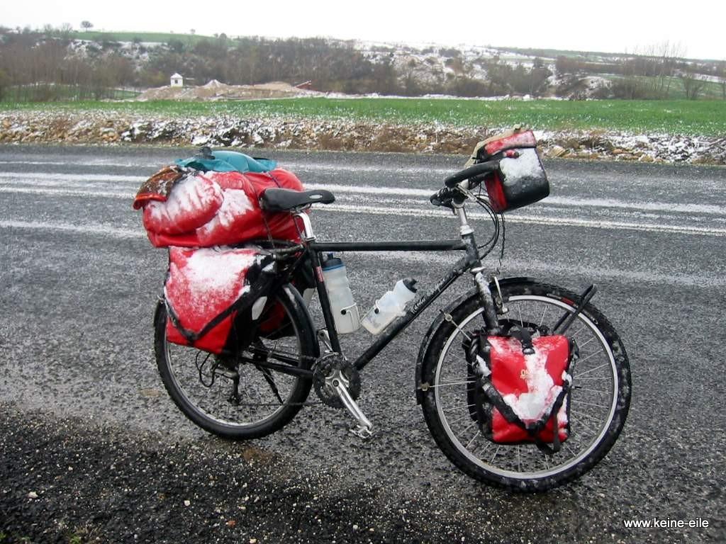 Radreise Türkei: Radfahren im Schnee