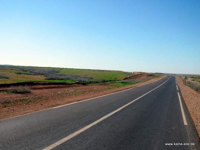 Roadtrip Marokko: Straße nach Marakesch