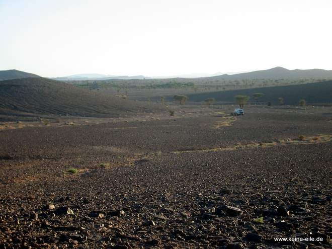 Roadtrip Marokko: Parkplatz im Nichts bei Melcisi