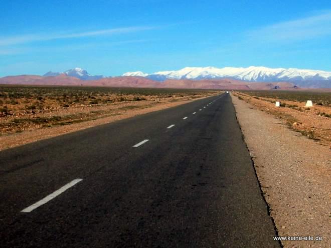 Roadtrip Marokko: reichlich Schnee im Atlas