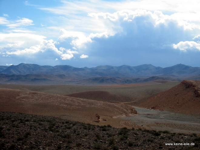 Roadtrip Marokko: Wolken im Djabal Sahro