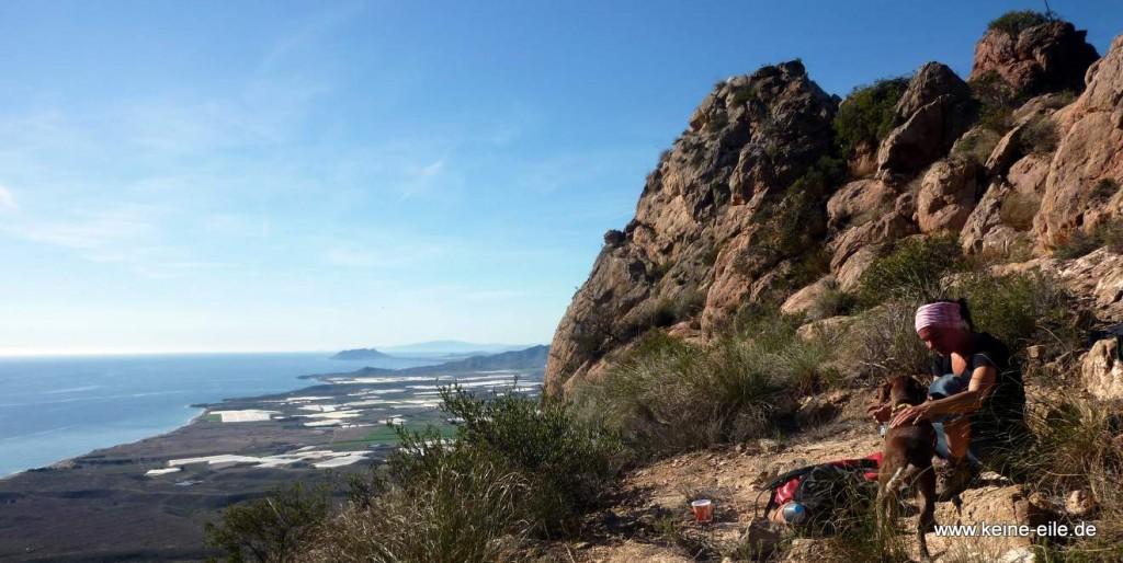 Von der Ziegenwiese aus besteigen wir einen Gipfel der Sierra de las Moreras.