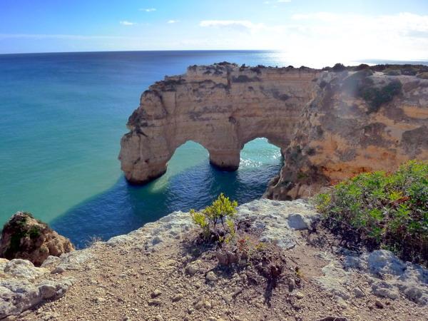 Reisebericht Praia da Marinha, Algarve, Portugal: Felsbögen am Praia Marinha