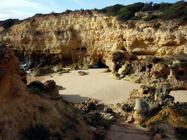 Reisebericht Praia da Marinha, Algarve, Portugal:Praia de Albandeira rechte Seite
