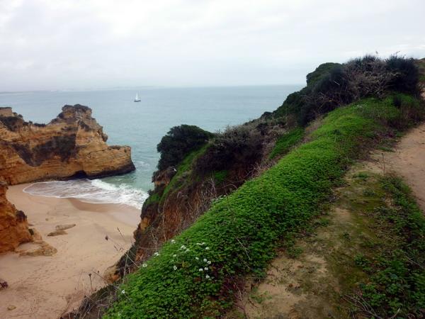 romantische Strandbucht bei Lagos, Algarve, Portugal