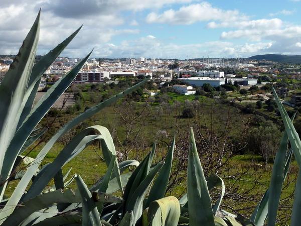 Ausblick auf Loulé, Algarve, Portugal