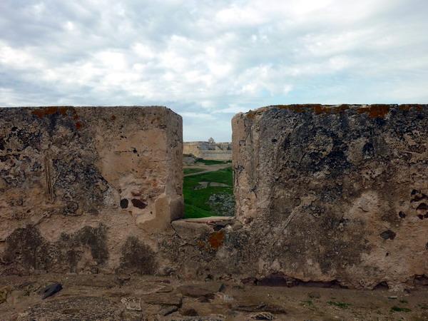 Blick von Burg zu Burg in Castro Marim, Algarve, Portugal
