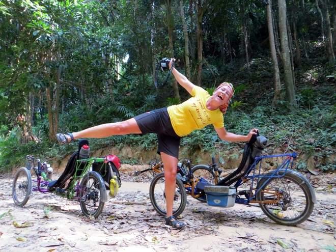 Reisen mit Hund und Fahrrad in Thailand