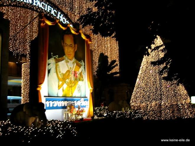 Geburtstag von König Bhumipol in Bangkok