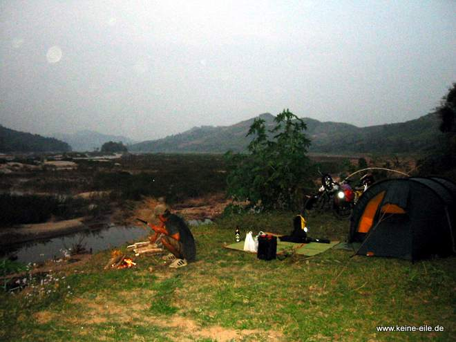 Radrundreise Thailand: Zelten am Mekong