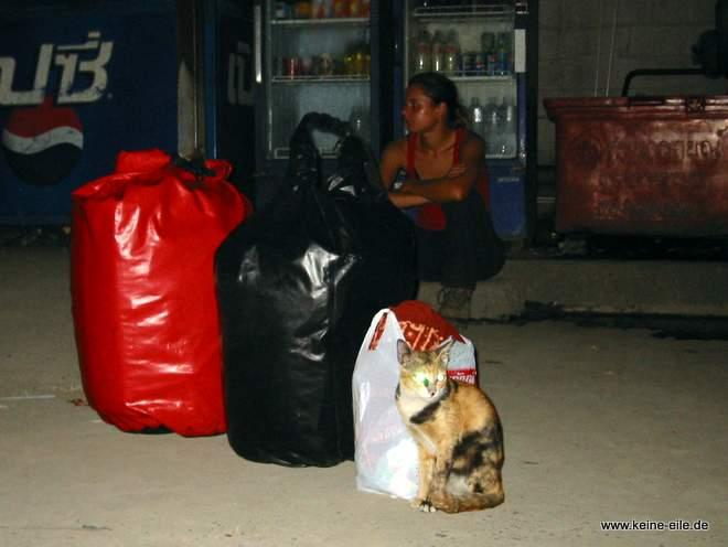 Radrundreise Thailand: Mit dem Bus nach Bangkok