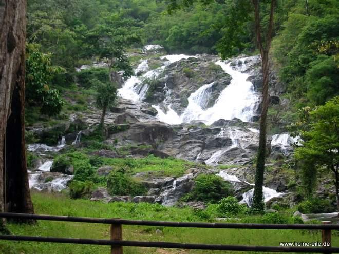 Der Wasserfall in Pang Sie Lathon