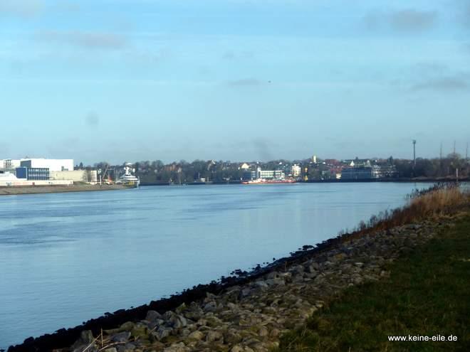 Blick auf die Weser von der Halbinsel Schönebecker Sand, Bremen