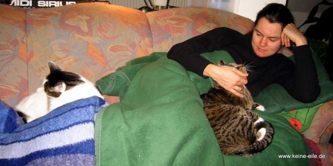 Steffi auf dem Sofa