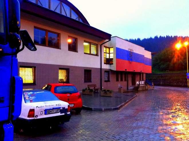 Der Opel Kadett an der Grenze Slowakai