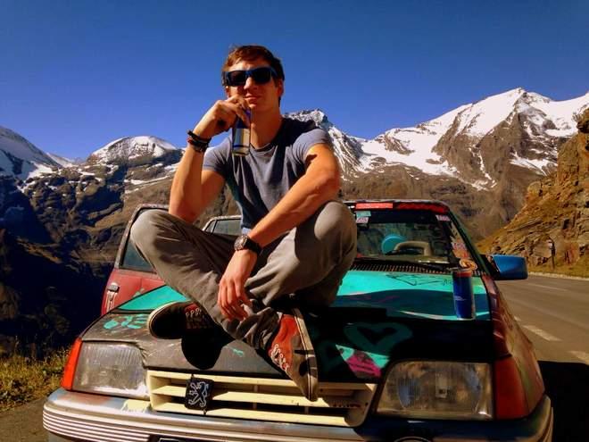 Alex und der Opel Kadett am Glockner