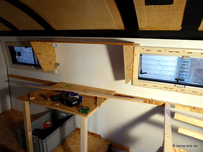 Wohnmobil Selbstausbau Hier entsteht die Küche: Arbeitsplatte, Kühlschrank, Herd, Regal, etc.