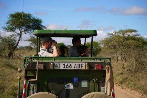Overland Tour Ostafrika: Mit dem Jeep durch die Serengeti