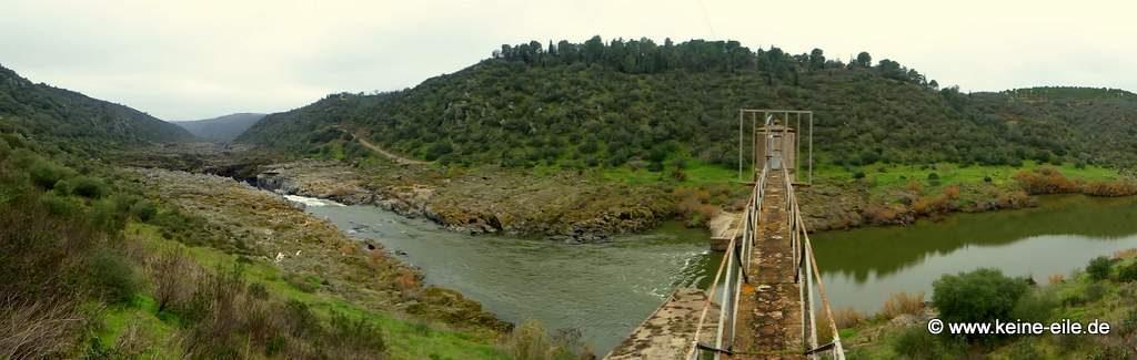 Überwintern in Portugal: Cascata do Pulo do Lobo