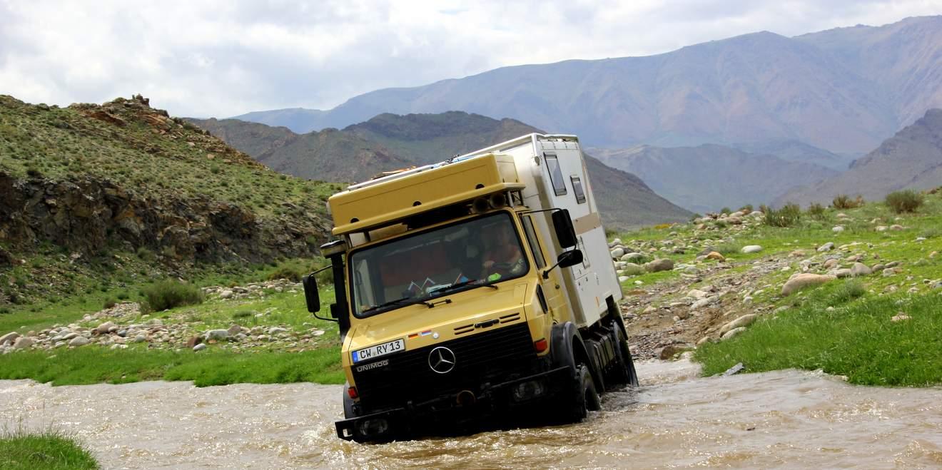 Mercedes Unimog 1550 L