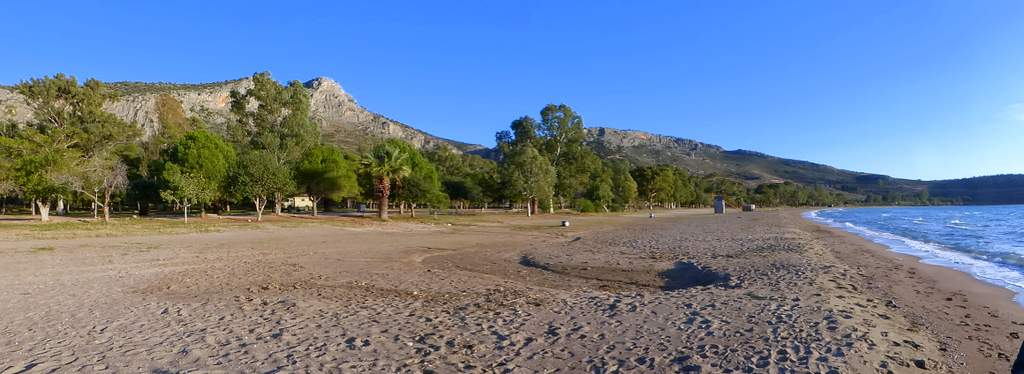 parken am Karathona Beach