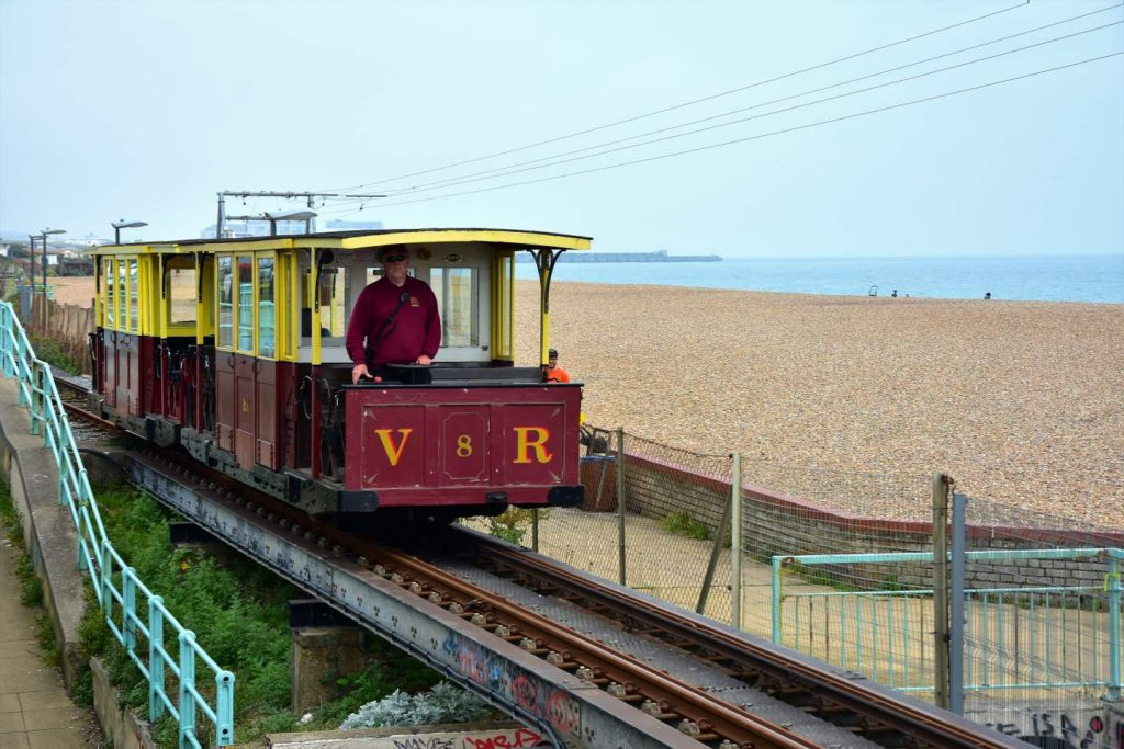 Segeln England: Brighton Train