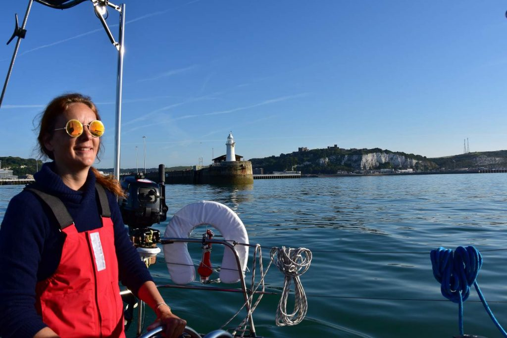 Segeln England: Abfahrt von Dover Harbour