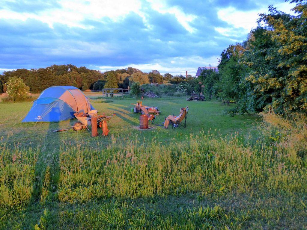 10 Jahre Wagenleben: Wohnen im Zelt