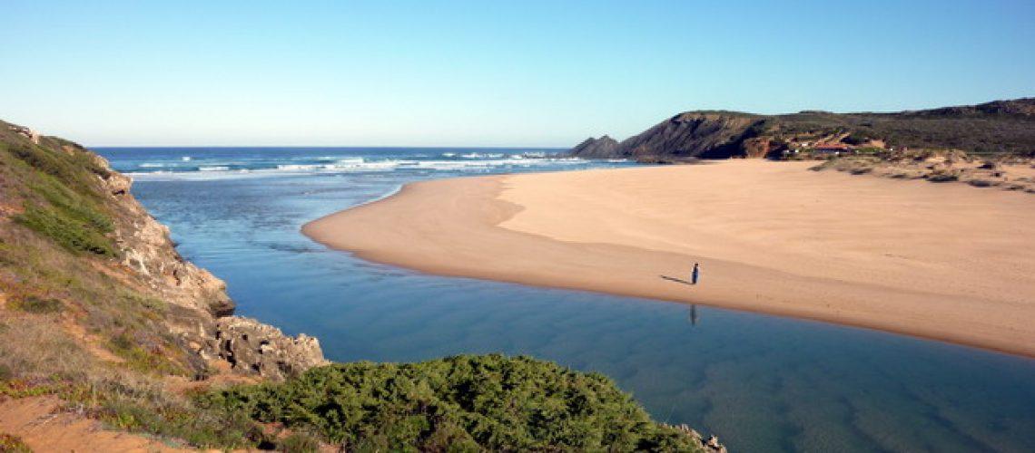 Portugal, Algarve, Aljezur, Praia Amoreira