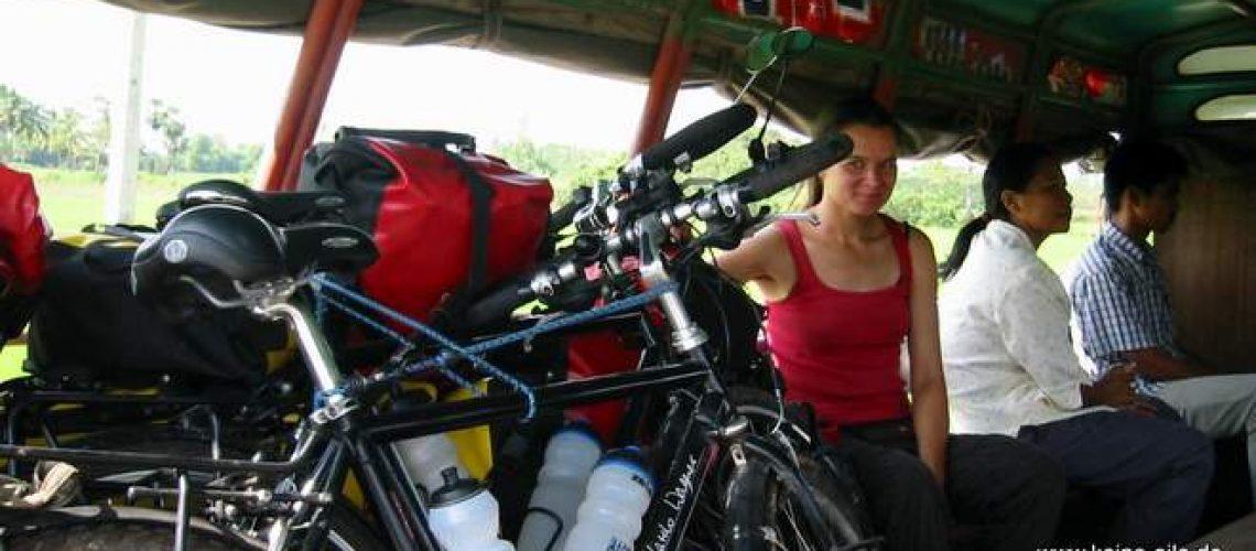 Radrundreise Thailand: Mit dem Songthaew nach Pang Si Lathon